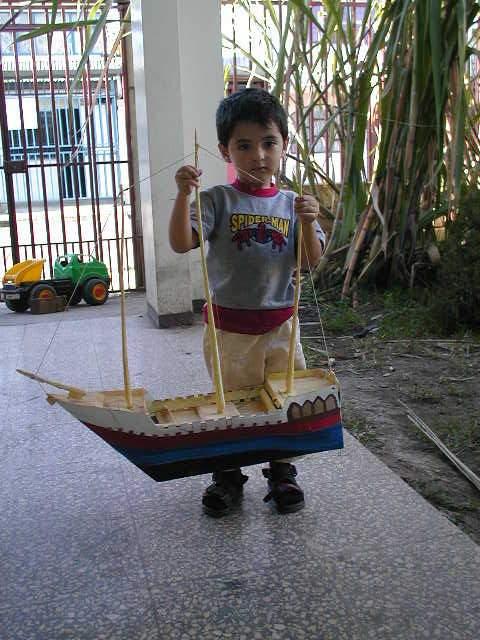un barco de vela .......